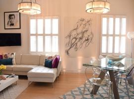 Hotel Photo: 2 Bedroom Apartment in London with Roof Top