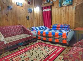 A picture of the hotel: Aaditya Kunj Homestay