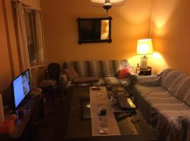 A picture of the hotel: Private room in Pocitos