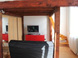 Hotel photo: Appartement Pointe Rouge - Vue sur mer