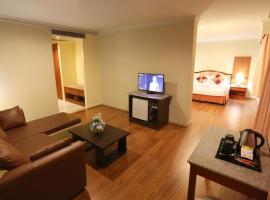 Hotel Photo: Lee Gardens Plaza Hotel