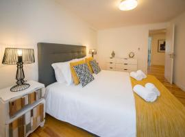 Hotel photo: Principe Real Stylish Apartment with Garden