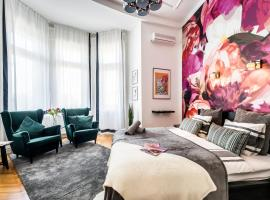 A picture of the hotel: BpR True Colors of Art Apartment
