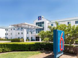 A picture of the hotel: Motel 6 Dallas - Fort Worth Airport North