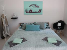 Hotel photo: PRINCE APARTMENT(free private parking/brand new)