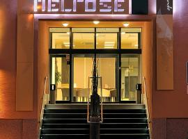 A picture of the hotel: Melrose Apartments