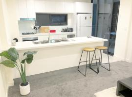 Фотография гостиницы: Brand New Sydney AIRPORT service apartment