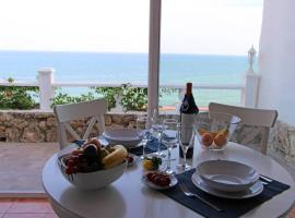 Hotel Photo: LUXE BUNGALOW. FANTASTIC SEA VIEW
