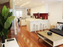 Hotel photo: Modern and Spacious Living in Erskineville