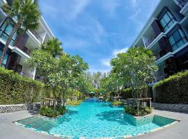 Hotel photo: Beachfront Condo Phuket in Rawai Beach cozy living by PP