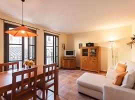 Hotel Photo: Lets Holidays apartment Pau Moreu