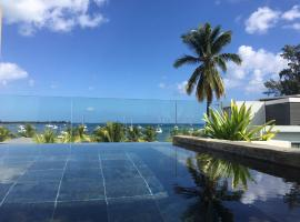 Hotel Photo: Latitude Seafront Penthouse with Private Plunge Pool