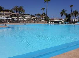 Hotel photo: Chalet Club Camping Pasito Blanco - 2