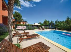Hotel Photo: Apartment Vodice with Sea View 09
