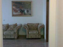 A picture of the hotel: Apartment on Prospekt Momyshuly 25
