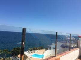 Hotel Photo: B&B Yacht Club Pasito Blanco