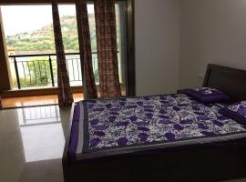 A picture of the hotel: VK Apartment Lavasa (lake view)