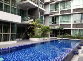 Hotel photo: Condo Apartmt with Pool/Gym-minwalk to 3 MRT
