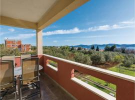 Hotel Photo: Apartment Sv.Filip i Jakov with Sea View 171