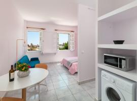 Hotel photo: Stylish new studio in Old Town Rhodes