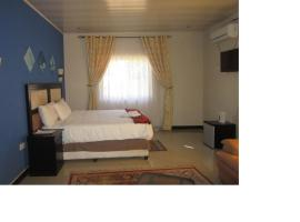 Hotel Photo: Royal Olympia Lodges and Safaris Livingstone