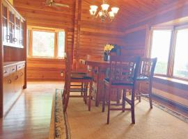 Hotel photo: Waterfront Cozy Home#96