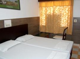 A picture of the hotel: 1 BR Guest house in Western Gate,, Agra (3257), by GuestHouser