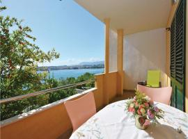 Hotel Photo: Holiday Apartment Podstrana 4
