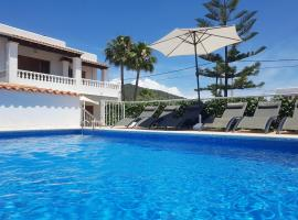 Hotel Photo: Villa Lima Ibiza: Excellent location, refurbished