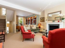 Hotel photo: Three Bedroom House with Patio in Chelsea