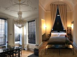 Hotel photo: little castle Covent Garden