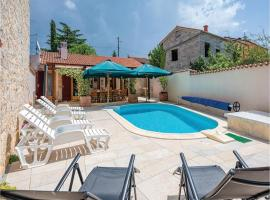 Hotel Photo: Holiday home Burici Croatia