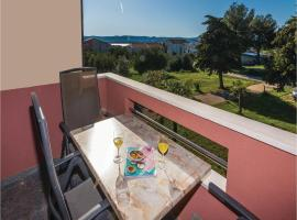 Hotel Photo: Apartment Sv.Filip i Jakov with Sea View 169