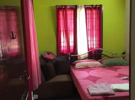 A picture of the hotel: Home stay apartment