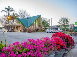 A picture of the hotel: Rose Garden Inn - San Luis Obispo
