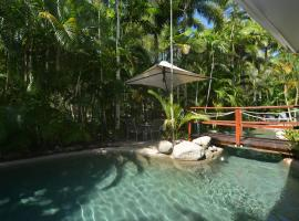 Hotel Photo: Seascape Holidays - Coral Apartments