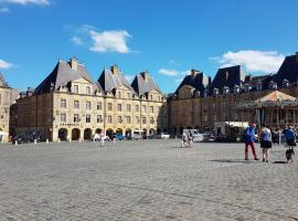 Hotel Photo: 12 Place Ducale