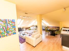 A picture of the hotel: Spacious design loft in beautiful neighborhood