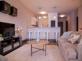 A picture of the hotel: LOCKERBIE SQUARE 2BR APT - NEAR MASS AVE