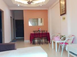 A picture of the hotel: Bayan Lepas Muslim Apartment