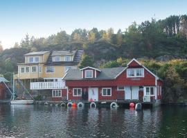 Hotel Photo: Two-Bedroom Holiday home in Rubbestadneset 1
