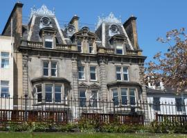 Hotel near Edinburgh: Royal Overseas League Hotel