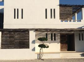 Hotel Photo: SWK - Villa a Watamu