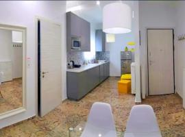 Hotel photo: Modern apartment near the sea and Acropolis