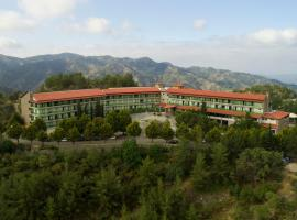 A picture of the hotel: Rodon Hotel and Resort