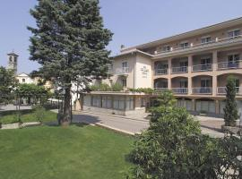 Hotel Photo: Tre Laghi Hotel