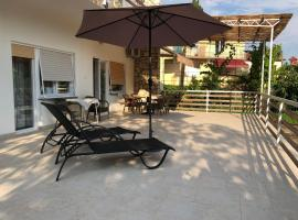 Hotel Photo: Large 3 BD 500m From The Sea Bike Friendly