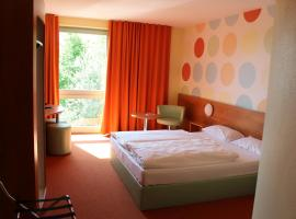 Hotel Photo: B&B Hotel Holledau