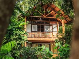 A picture of the hotel: Jungle Village by Thawthisa
