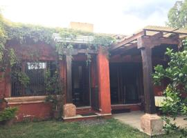 Hotel photo: Small 1BDRM Villa SP006